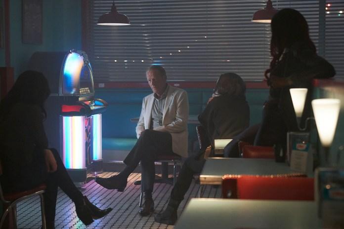 "Review: Titans Season 2 Episode 11 – ""E.L..O"""